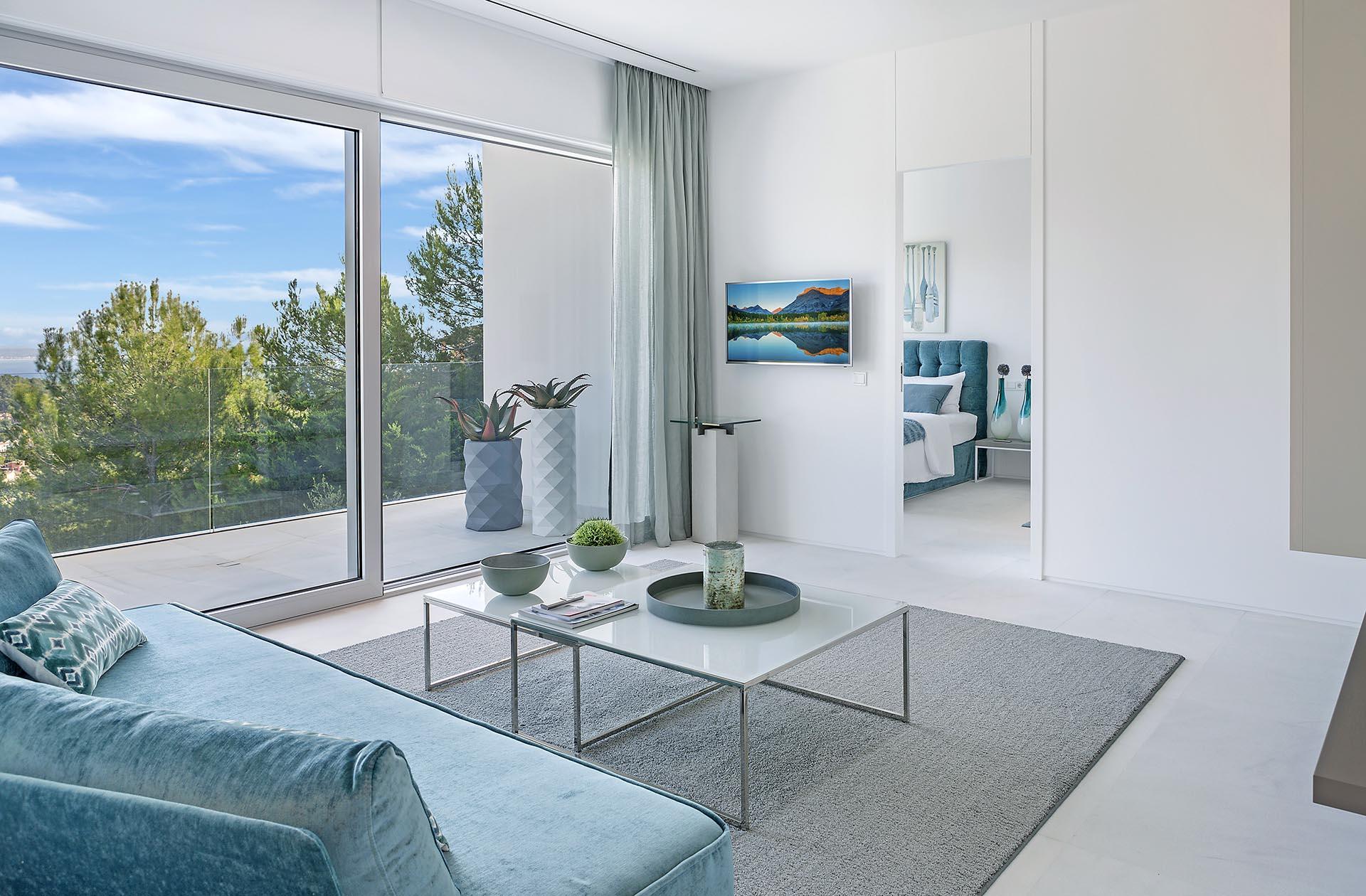 Traumhafte moderne Villa in Costa den Blanes - Hohe Glasfronten