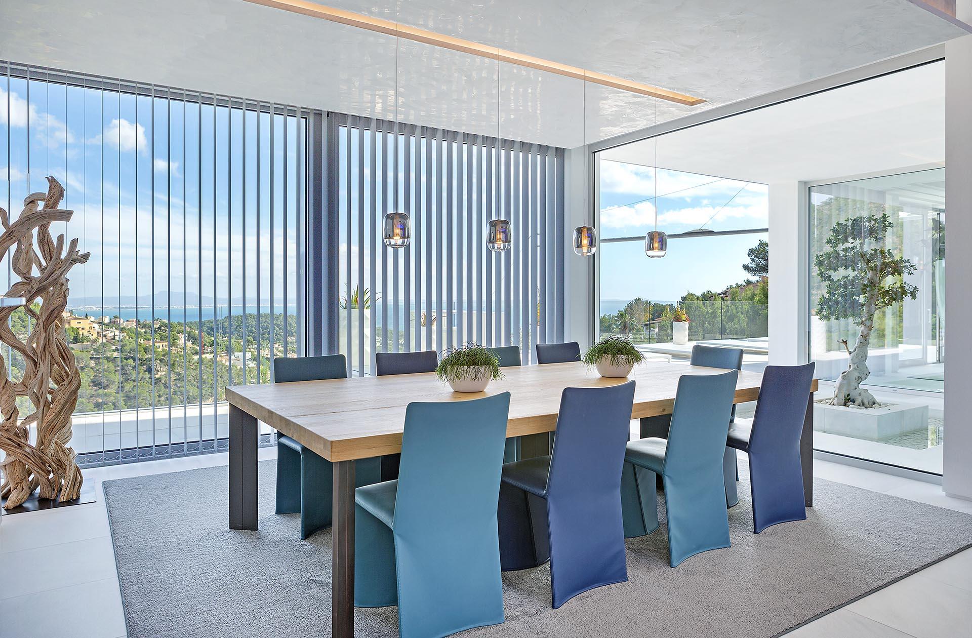 Beautiful modern villa in Costa den Blanes - Spacious dining room