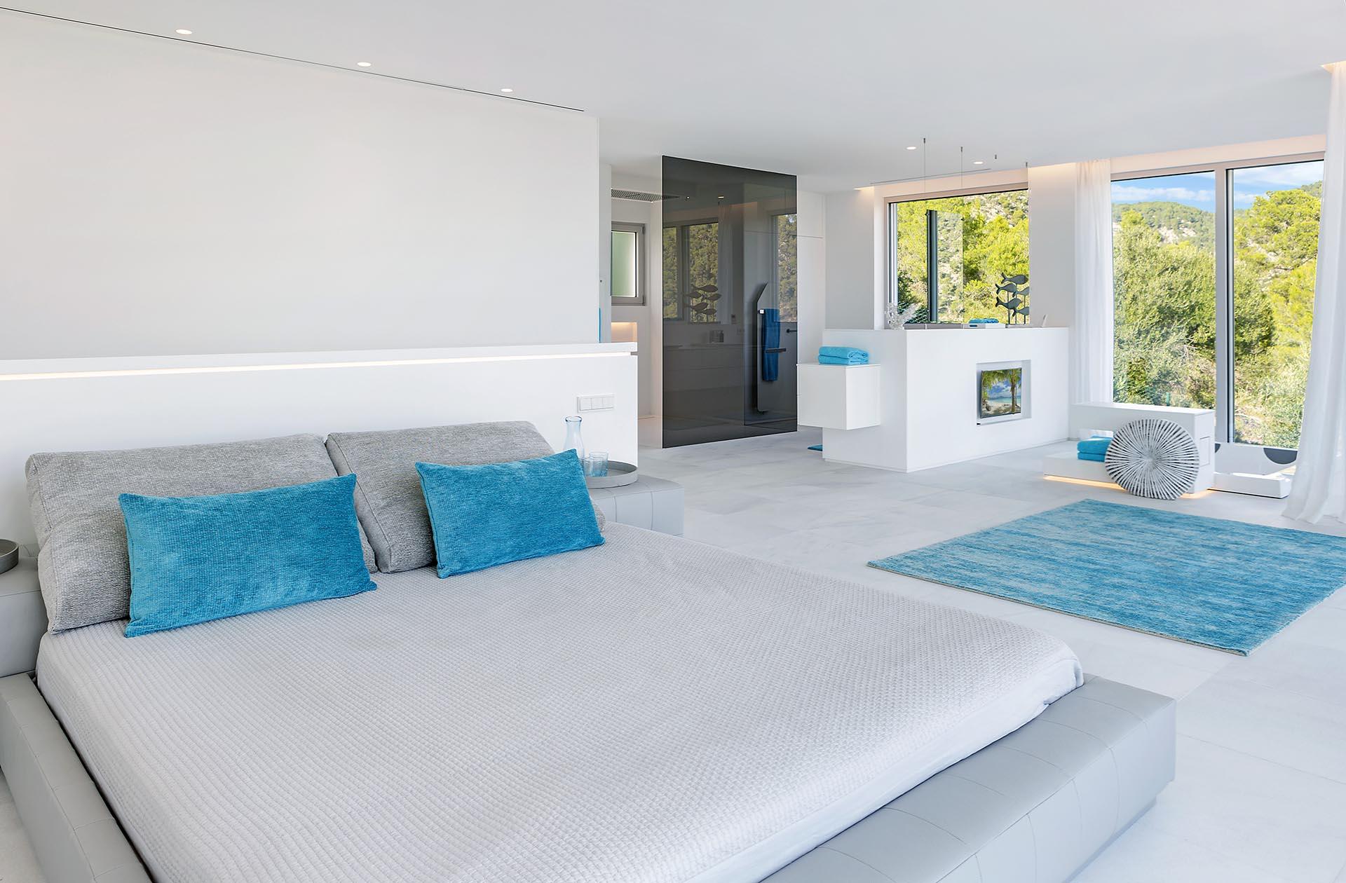 Hermosa villa en Costa d'en Blanes - Dormitorio acogedor